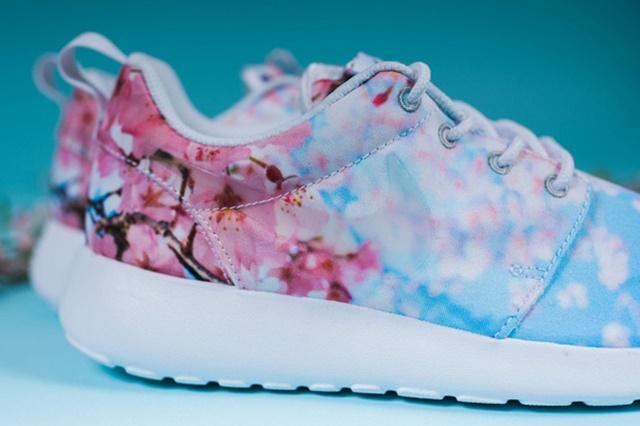Nike-Roshe-One-Cherry-Blossom-4