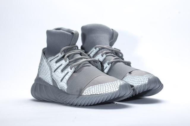 afew-store-sneaker-adidas-tubular-doom-ch-solid-grey-metallicsilver-sld-metallicsilver-sld-34