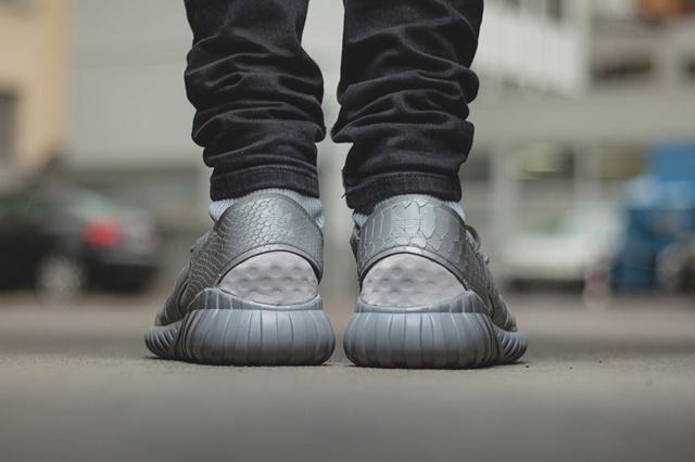 afew-store-sneaker-adidas-tubular-doom-ch-solid-grey-metallicsilver-sld-metallicsilver-sld-39