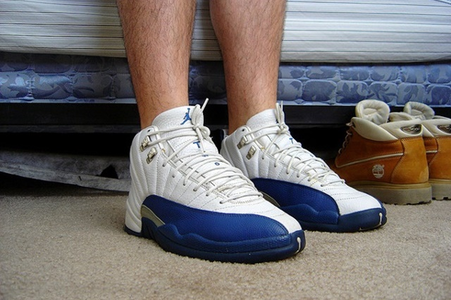 air-jordan-12-french-blue-Never-Wear-Them